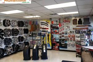 Mở cửa hàng nội thất ô tô, đồ chơi ô tô bạn nên biết