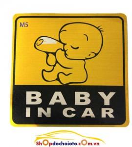 Tem BABY IN CAR