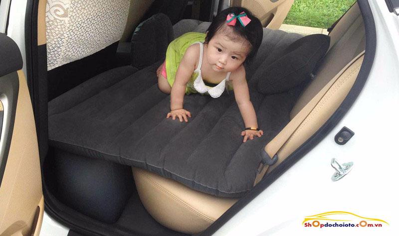 đệm hơi trên ô tô